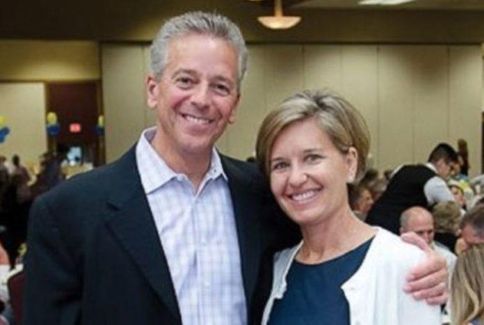 Thom Brennaman with gracious, Wife Polly Brennaman